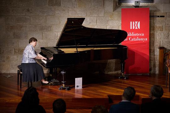 Maria Luisa Cantos – piano at Solfa Recordings